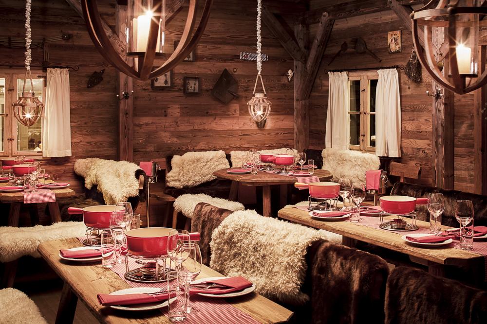 Fondue chalet in heiden fondueerlebnis im originalen for Holzchalet bauen
